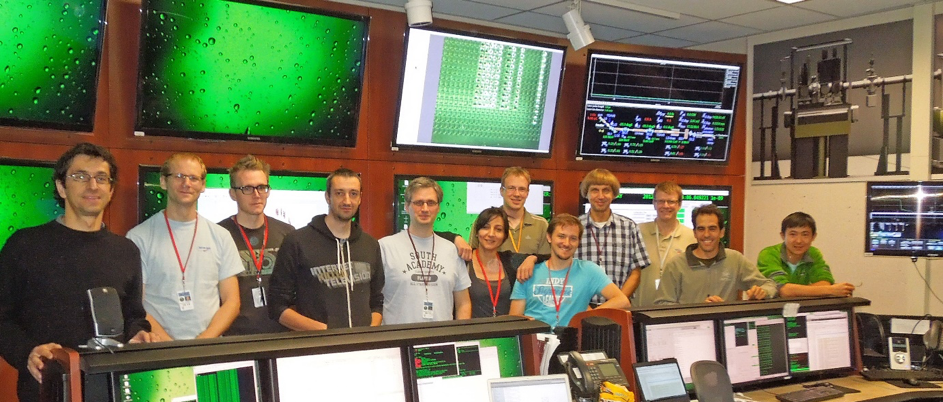 Group photo of research team at SLAC's LCLS