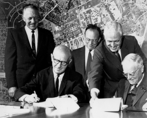 Morris Doyle signing the SLAC construction contract on April 30, 1962